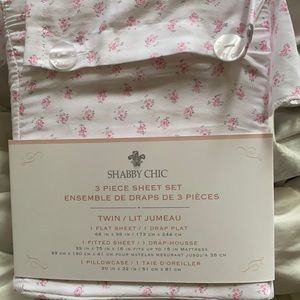 Brand new shabby chic bedding size twin